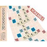 Hasbro - Scrabble® Nerd